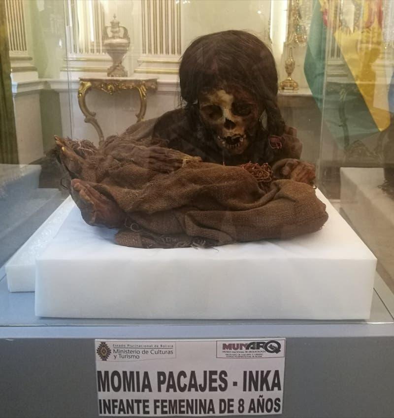 Bolivia logra recuperar la momia de una niña de 500 años de antiguedad