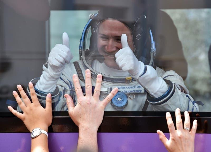 La NASA podría enviar a la primera tripulación femenina a la luna