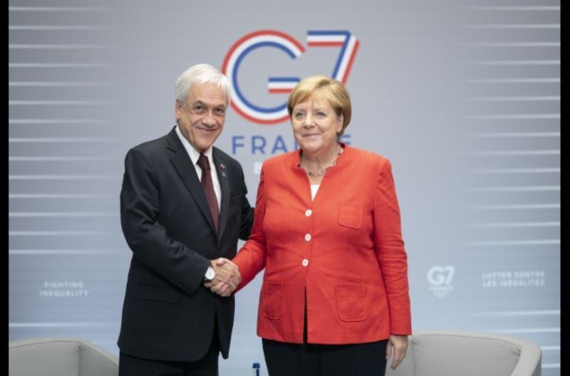 Presidente Piñera se reúne con Canciller alemana Angela Merkel en la cumbre G7