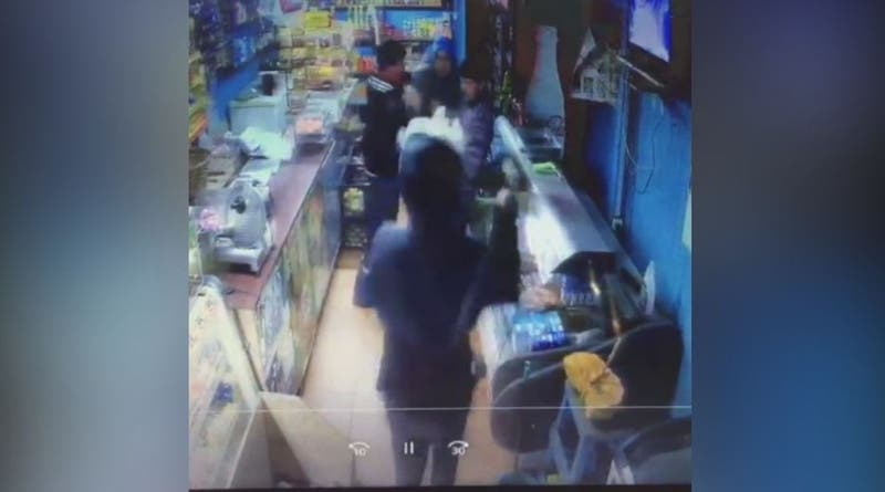 [VIDEO] Niño de 12 años protagoniza violento asalto con un machete en Talcahuano