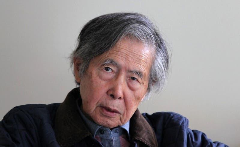 Expresidente Fujimori retorna a prisión en Perú tras superar problemas cardíacos
