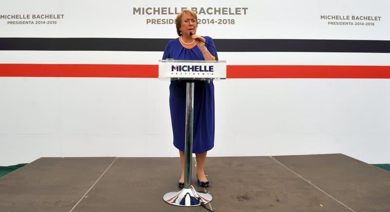 Empresario brasileño asegura que donó a campaña de Bachelet