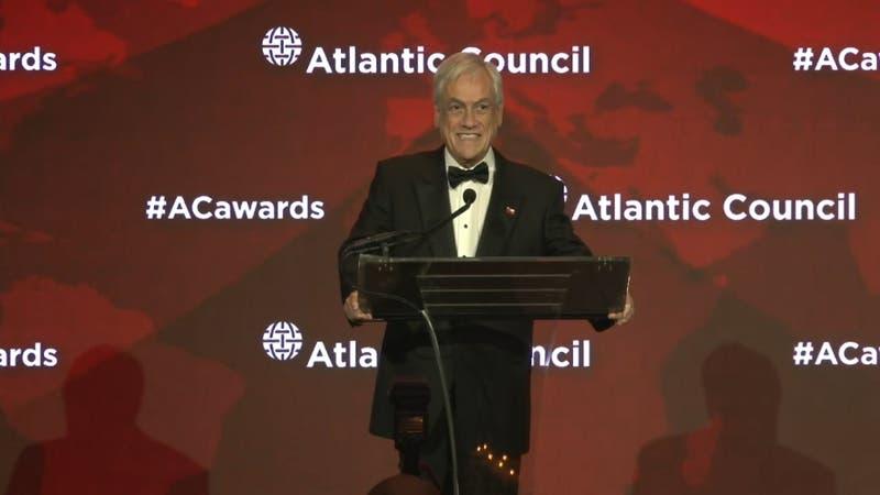 "Presidente Piñera recibe premio medioambiental ""Ciudadano global"""