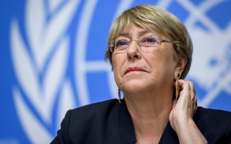Bachelet sube en Criteria pese a descartar candidatura