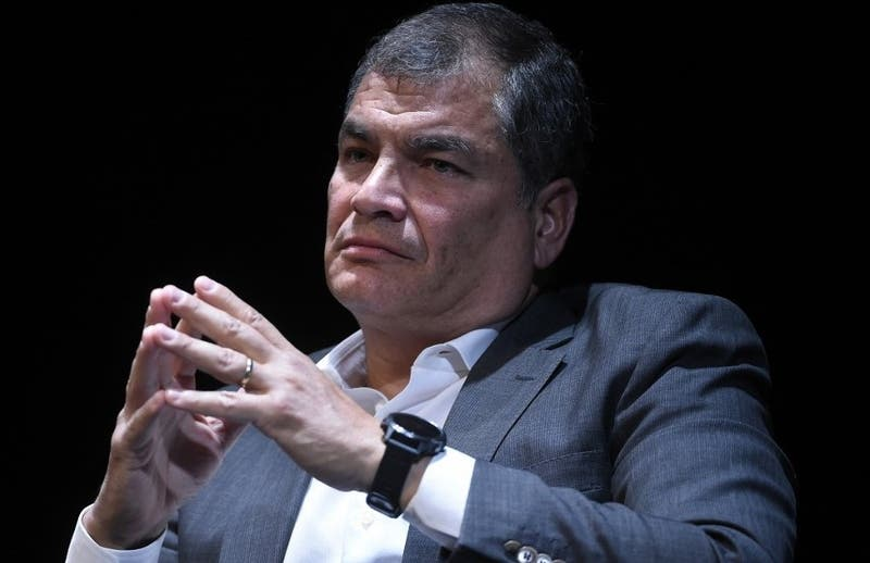 """Ex presidente Correa pide adelantar elecciones en Ecuador ante """"grave conmoción social"""""""