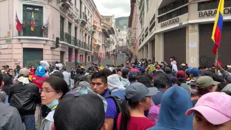 T13 en Quito: Mayor movilización de la década desafía a Presidente de Ecuador