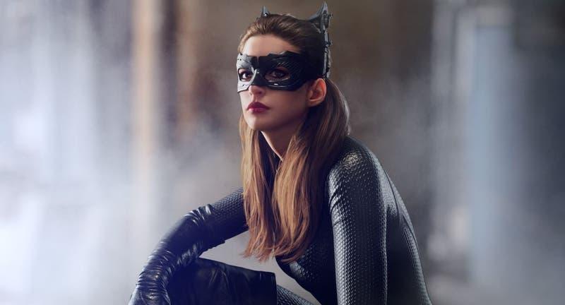Catwoman: Anne Hathaway y tierno mensaje a Zoe Kravitz
