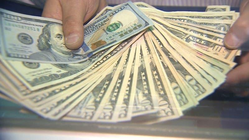 ¿Cómo nos afecta el alza del dólar?