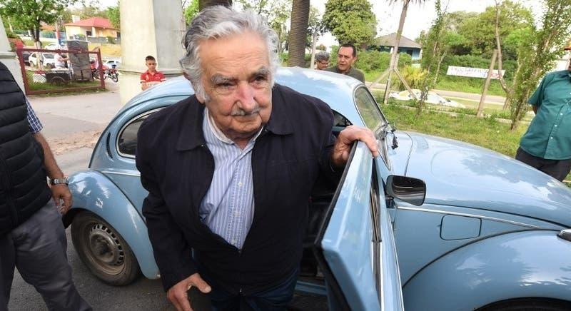 José Mujica será ministro si el oficialismo uruguayo vence en el balotaje