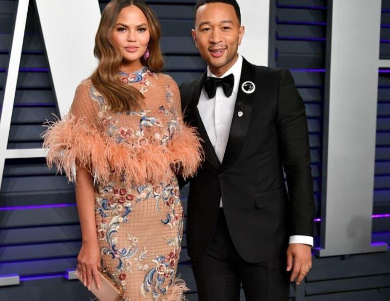 John Legend es el hombre más sexy: Christine Teigen celebra