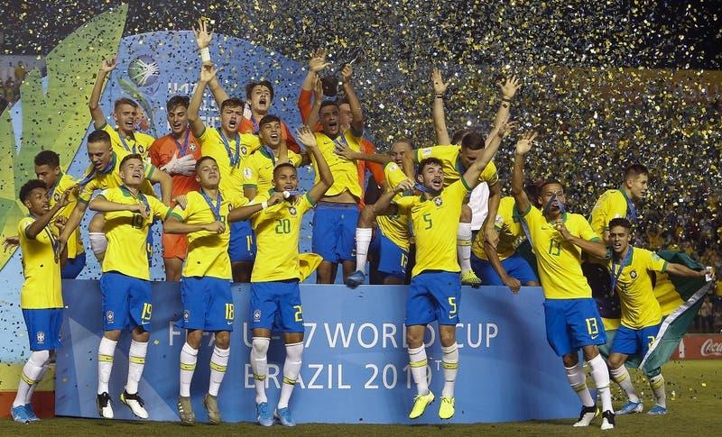 Brasil campeón Sub 17 tras derrotar a México