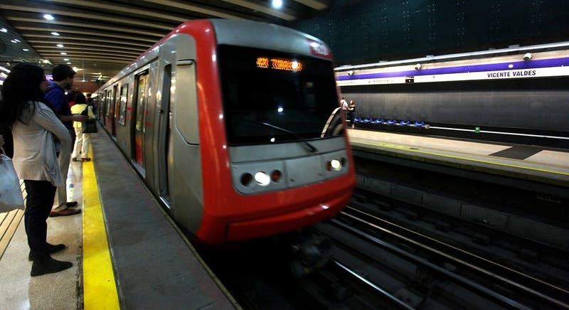 [MINUTO A MINUTO] Metro vive nueva tarde de servicio intermitente en varias estaciones