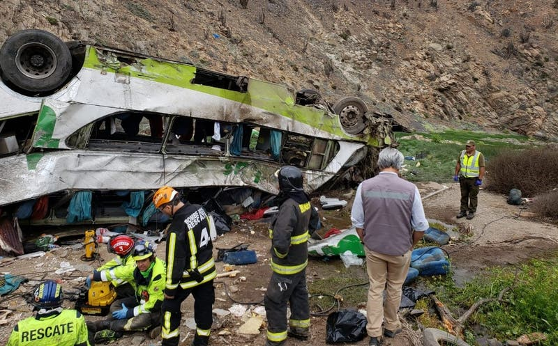 Accidente en Taltal: 21 personas murieron tras desbarrancamiento de Turbus según SML
