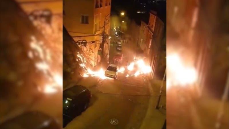 [VIDEO] Detective quemado por molotov en violenta jornada en Valparaíso