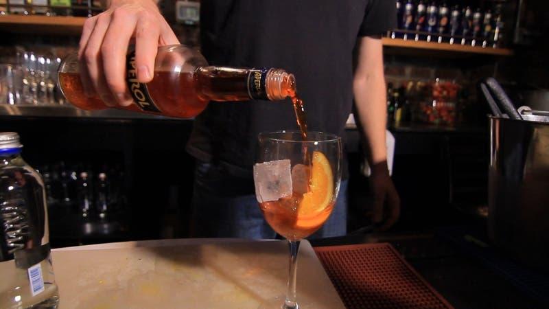 Ministerio de Salud alerta por alto consumo del alcohol en Chile para el año nuevo