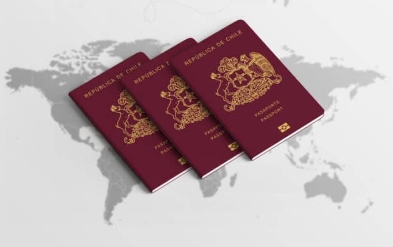 Estos son los mejores y peores pasaportes para viajar en 2020: revisa en qué puesto está Chile