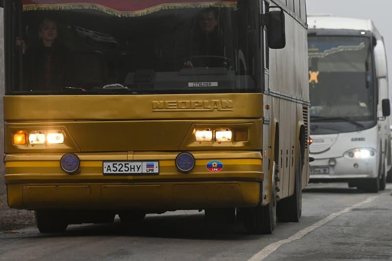 Un chófer de bus continúa su recorrido tras ser apuñalado 10 veces en Bélgica