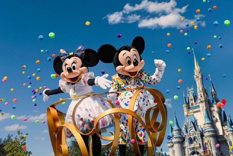 Hallan cuatro muertos en una casa en el corazón de Disney World en Florida