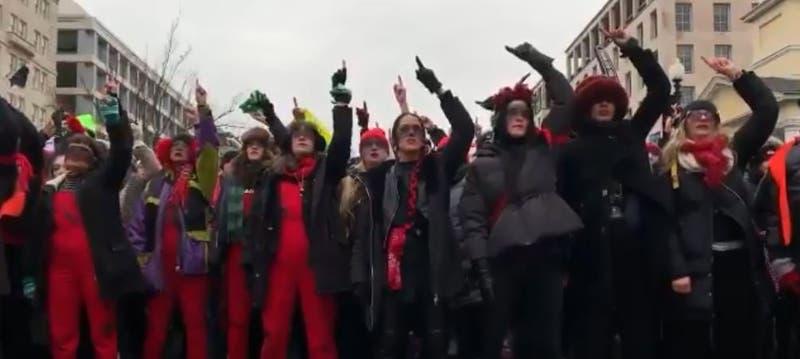 ''Las Tesis'' cantaron ''un violador en tu camino'' frente la Casa Blanca en la ''Women's March''