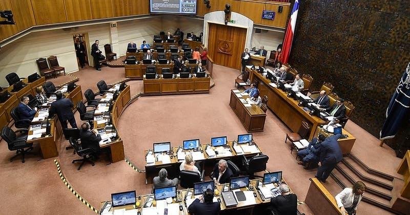 Fórmula sobre paridad de género no logra los votos necesarios y proyecto irá a Comisión Mixta