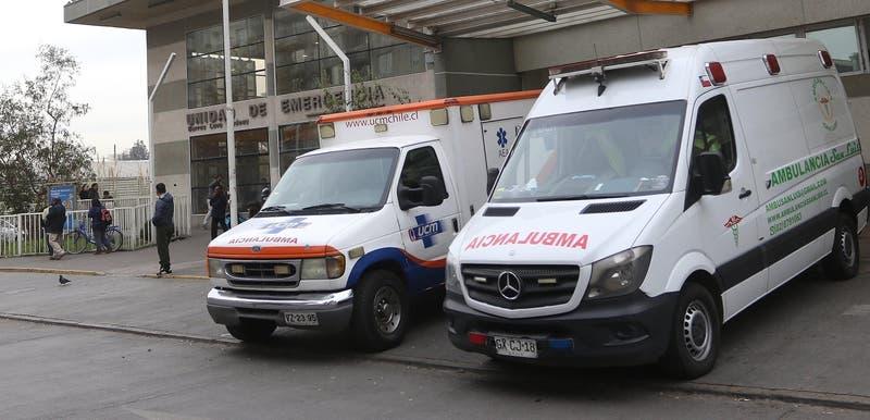 Gobierno confirma uso de linternas en operación por corte de energía en hospital Barros Luco
