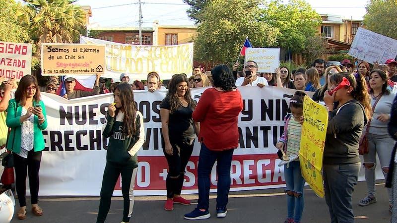 Protestan en comunidad ecológica de Peñalolén por parar construcción de viviendas sociales