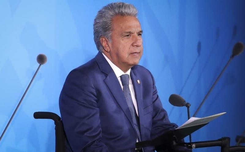 """[VIDEO] Presidente de Ecuador dice que mujeres denuncian acosos solo cuando viene de hombres""""feos"""""""