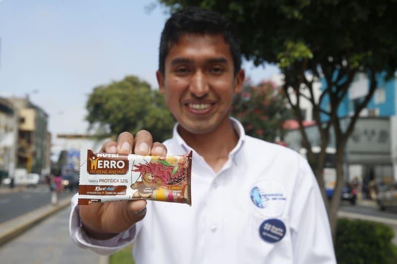 Peruano que creó galletas contra la anemia ya tiene a ocho países pidiendo su producto