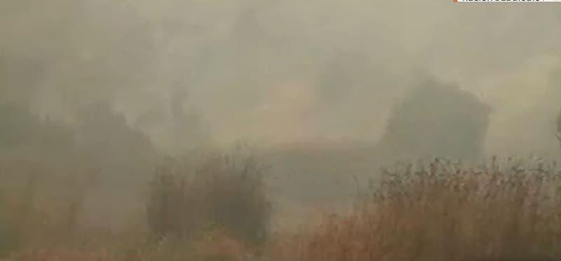Declaran alerta roja en Penco por incendio forestal que amenaza a viviendas cercanas