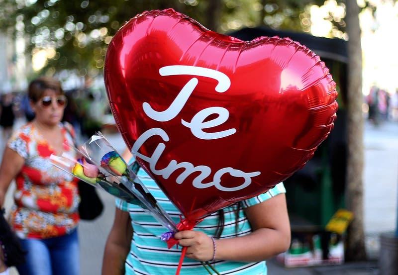 Día de los enamorados: Registro Civil inscribe 885 reservas de matrimonio y 35 para AUC