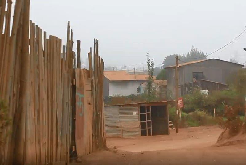 Reportajes T13: Hoy viven en campamentos más familias que en 1985