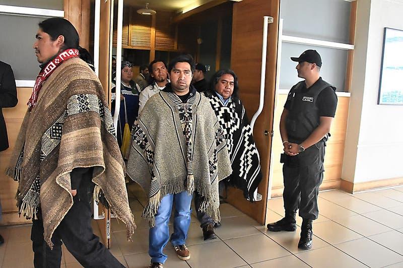 """""""Operación Huracán"""": Comuneros mapuche demandan al Estado de Chile por 2 mil millones de pesos"""