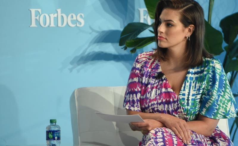 Ashley Graham revela sus estrías tras su primer embarazo