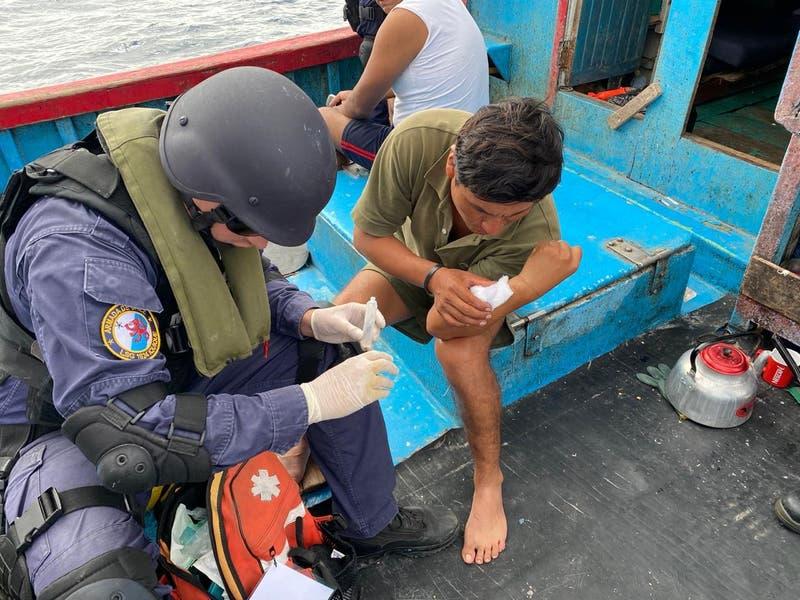 Ciudadano peruano fue mordido por un tiburón en Iquique mientras pescaba