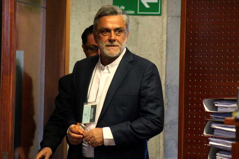 Pablo Longueira reaparece en juicio contra Jaime Orpis