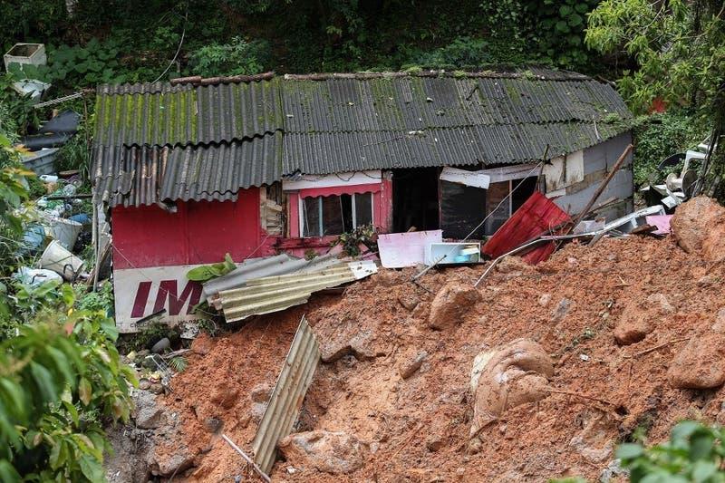 Aumentan a 16 los muertos tras torrenciales lluvias en Sao Paulo