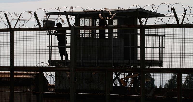 El prontuario de reo que escapó al suplantar a otro interno en Valparaíso