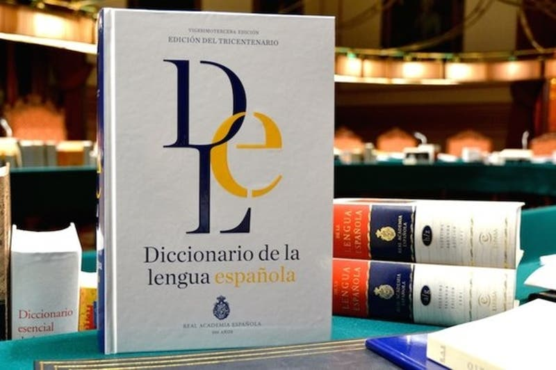 """Lenguaje inclusivo: La RAE dice que academias deberán adaptarse """"si todo el mundo habla de 'todes'"""""""