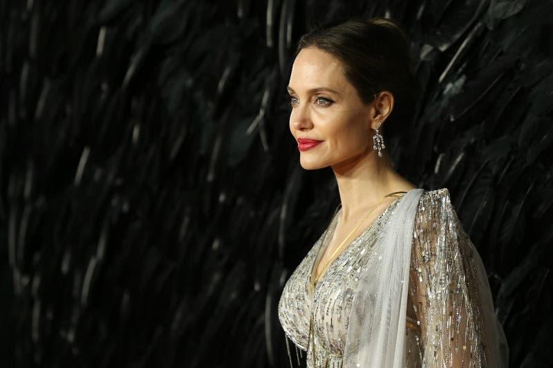 Angelina Jolie es la persona que más rápido alcanzó 1 millón de seguidores en Instagram