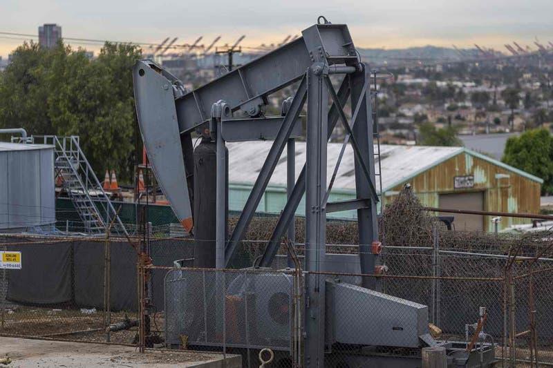 ¿Por qué nadie puede celebrar la caída del precio del petróleo?
