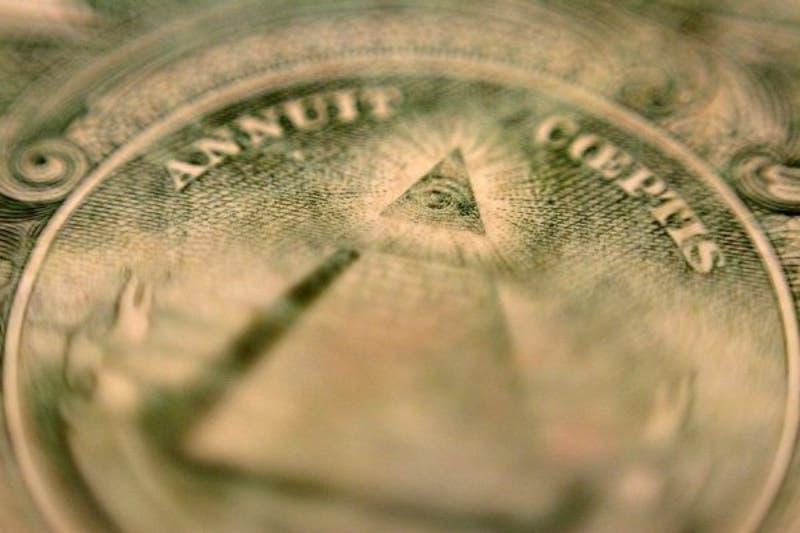 Dólar vive una jornada estable en medio de volatilidad de los mercados