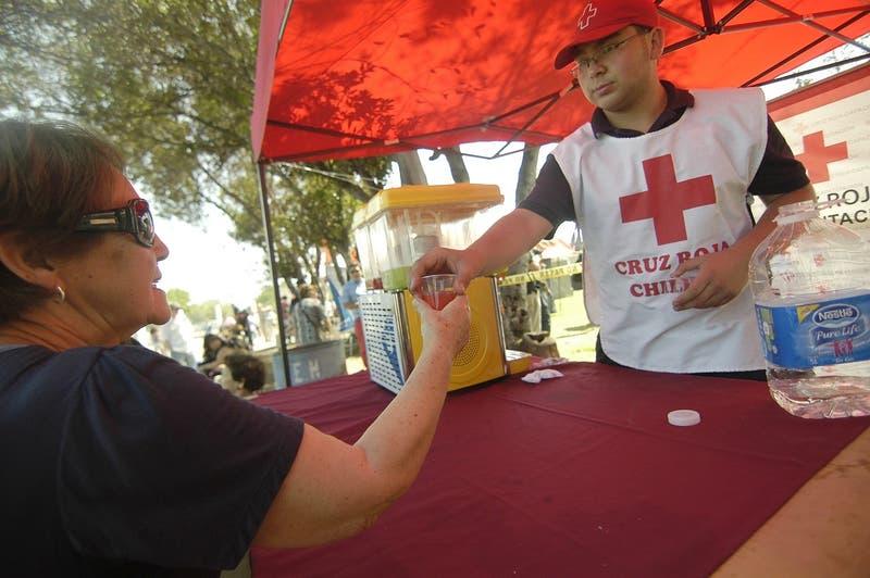 Sujetos se hacen pasar por Cruz Roja para ingresar a las casas: ¿Cómo no caer en el engaño?