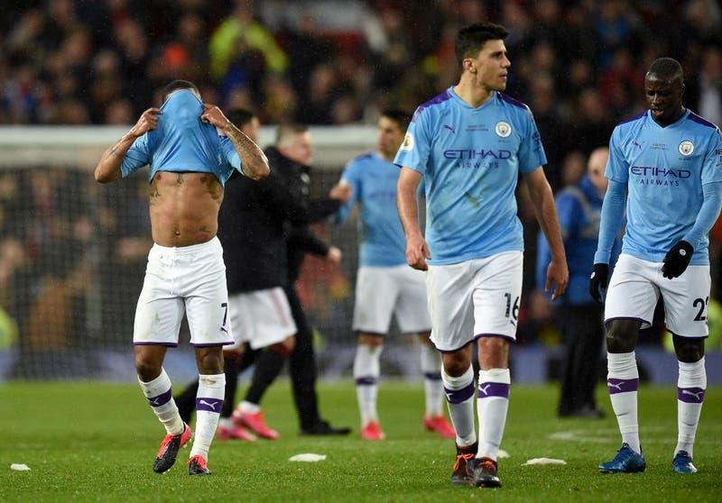 Un jugador del Manchester City en cuarentena por precaución
