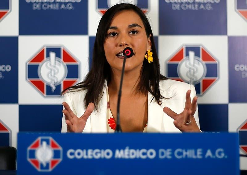 """Presidenta del Colegio Médico y petición de cuarentena total: """"No nos hemos dado vuelta la chaqueta"""""""