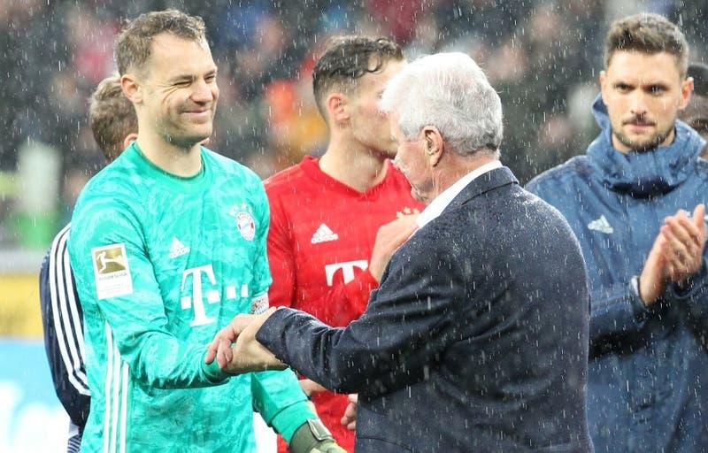 Manuel Neuer, futbolista: debemos aceptar un recorte salarial