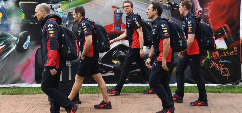 Coronavirus: Dirigente de Red Bull propuso infectar a pilotos