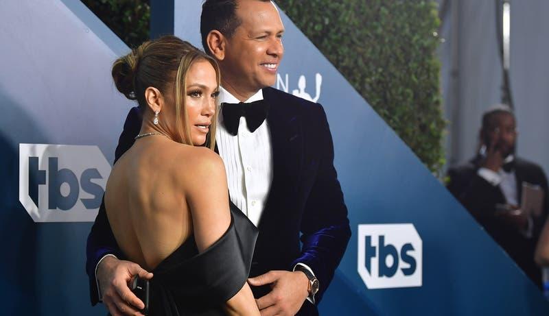 Jennifer Lopez y su pareja fueron captados incumpliendo la cuarentena que se decretó en Miami