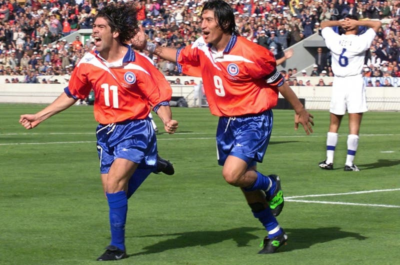 Claudio Borghi deja fuera a Alexis de su equipo ideal histórico de La Roja