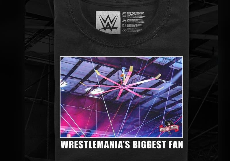 WWE vende camiseta dedicada a un ventilador