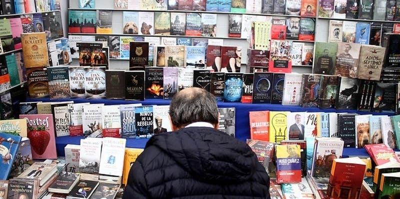"""Los entretenidos panoramas virutales para celebrar el """"Día del Libro"""" en casa"""